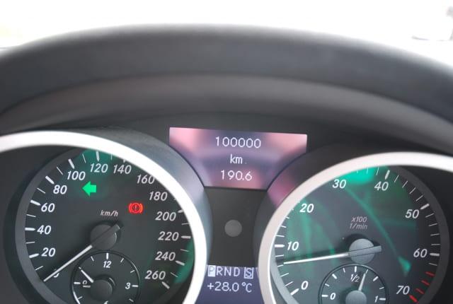 10万キロ以上の車の買取相場は?走行距離が長くても査定額が付く3つの理由
