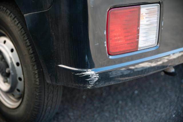 車買取は傷だらけでもOK!査定額への影響と修理すべきか解説!